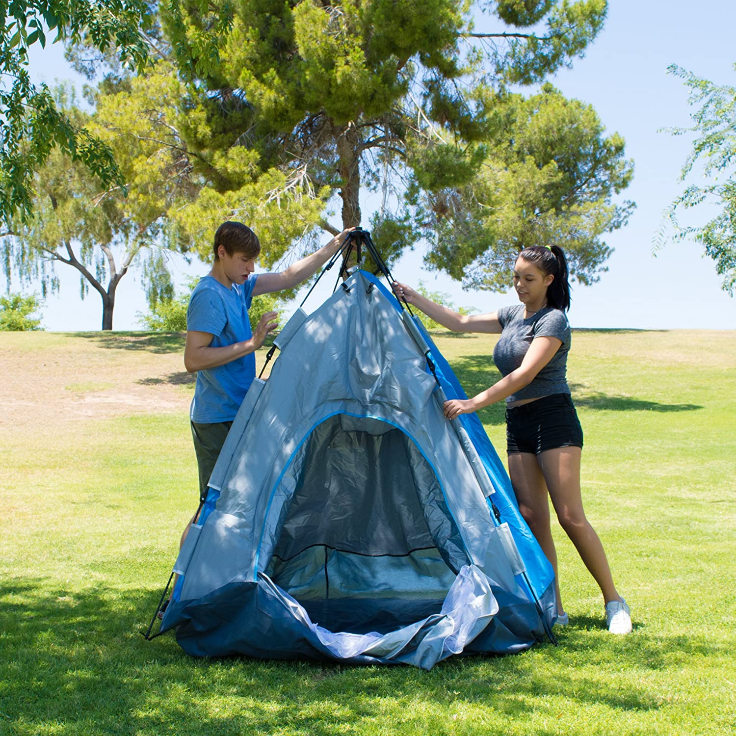 Amazon.com  Eagletail Outdoor Instant Tent; 3-Person Automatic C&ing Tent - Quick Easy 3-Step Setup - Family Tent for Indoor/Outdoor Use  Sports u0026 ...  sc 1 st  Amazon.com & Amazon.com : Eagletail Outdoor Instant Tent; 3-Person Automatic ...