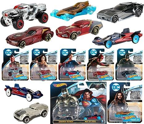 Hot Wheels Mattel Armored Batman Batman vs Superman DC Comics 2016 Caracter Cars Spielzeugautos