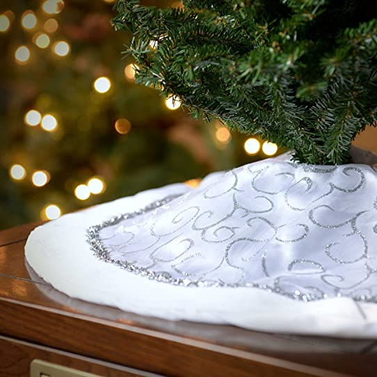 Seasons Designs 20 Inch Mini Christmas Tree Skirt In White With Silver Glitter Design