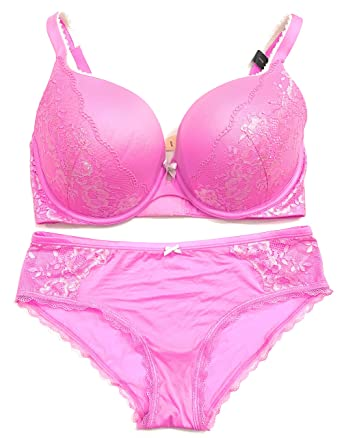 2169099454 Victoria s Secret Body Perfect Shape 34D Bra Set with Matching Hiphugger  Panty Small Lilac