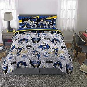 Franco Kids Bedding Super Soft Comforter and Sheet Set with Bonus Sham, 7 Piece Full Size, Batman