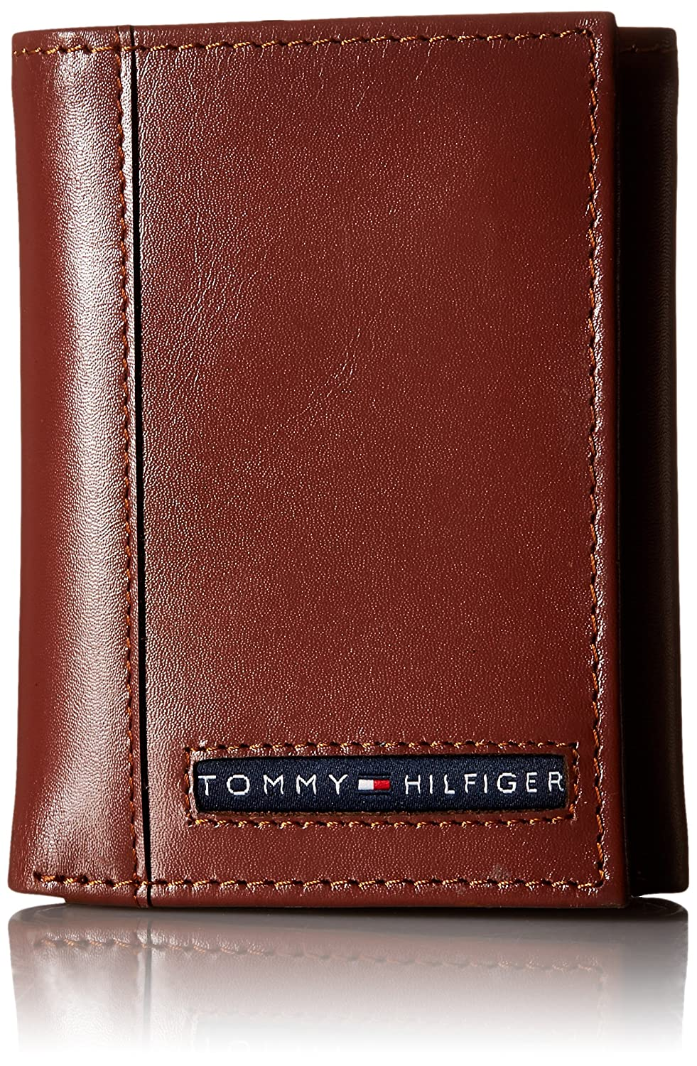 Tommy Hilfiger Men's Leather Cambridge Trifold Wallet, Navy, One Size 31TL11X033