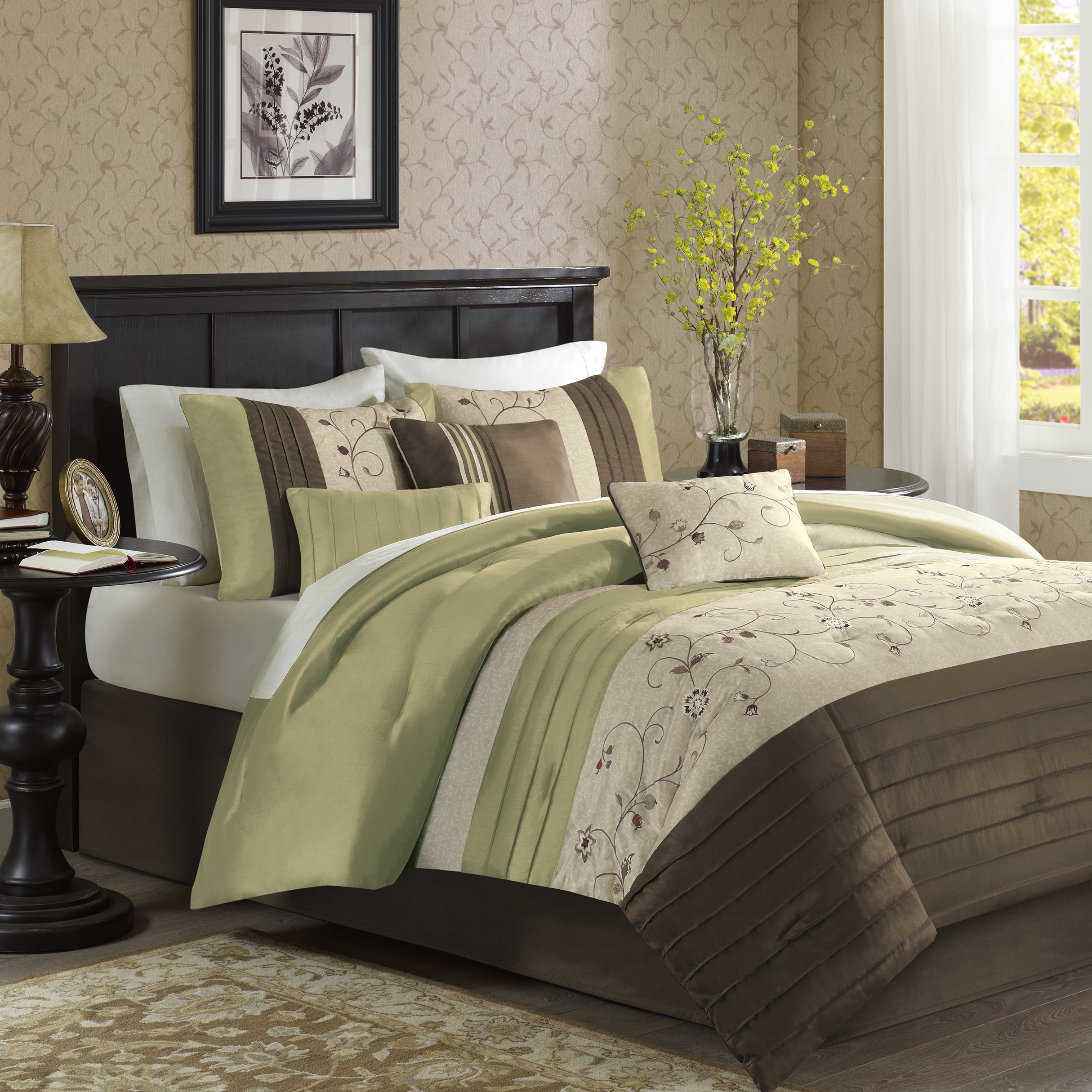 Madison Park Serene 7 Piece Comforter Set, California King, Green