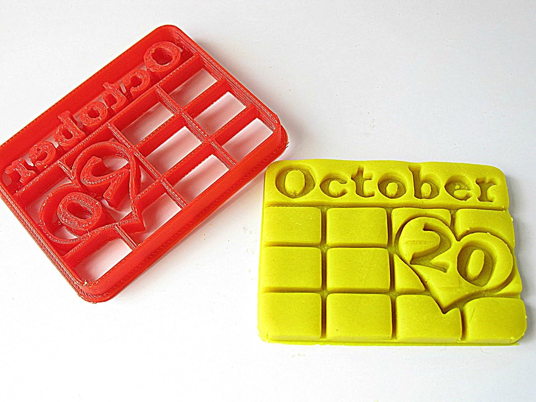 Amazon.com: Custom Birthday / Wedding Date / Anniversary Calendar ...