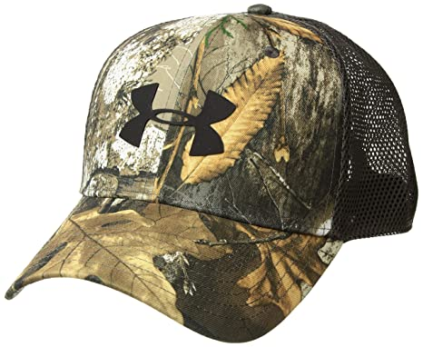 newest ef047 d5ddb Amazon.com  Under Armour Men s Camo Mesh Cap 2.0, Realtree Edge  (991) Black, One Size  Sports   Outdoors