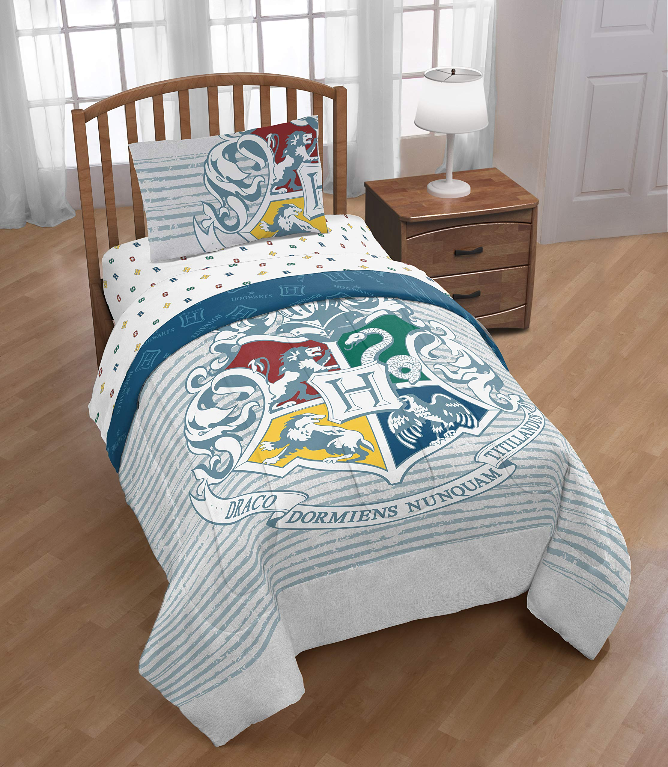Jay Franco Harry Potter Wizardry 5 Piece Full Bed Set, Featuring Hogwarts Logo, Gray