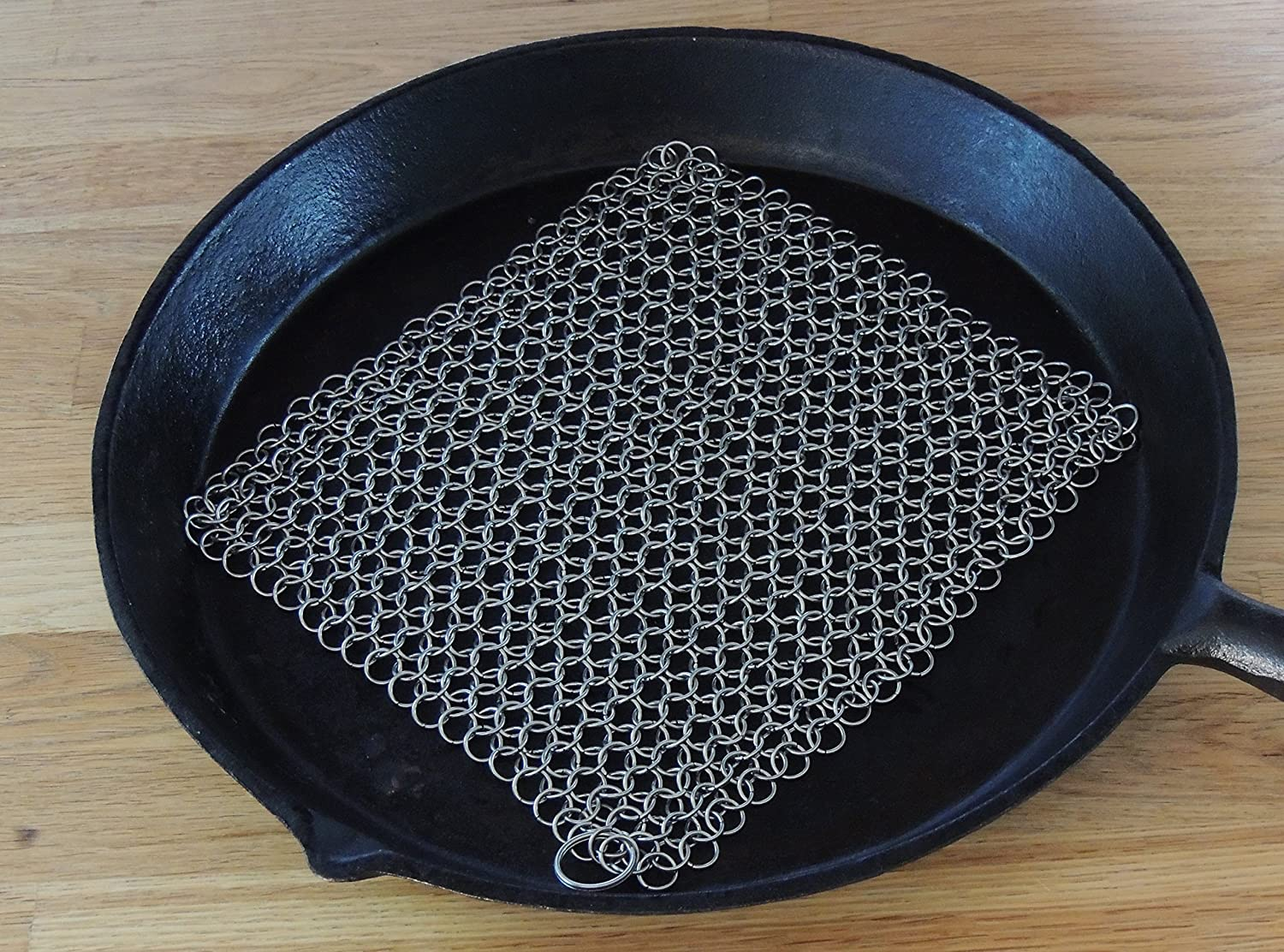 Cheap Amazoncom Cast Iron Cleaner And Scrubber By Kche Chef Xl X Inch  Premium Stainless Steel Chainmail Scrubber Kitchen U Dining With  Grillplatte Kche With ...
