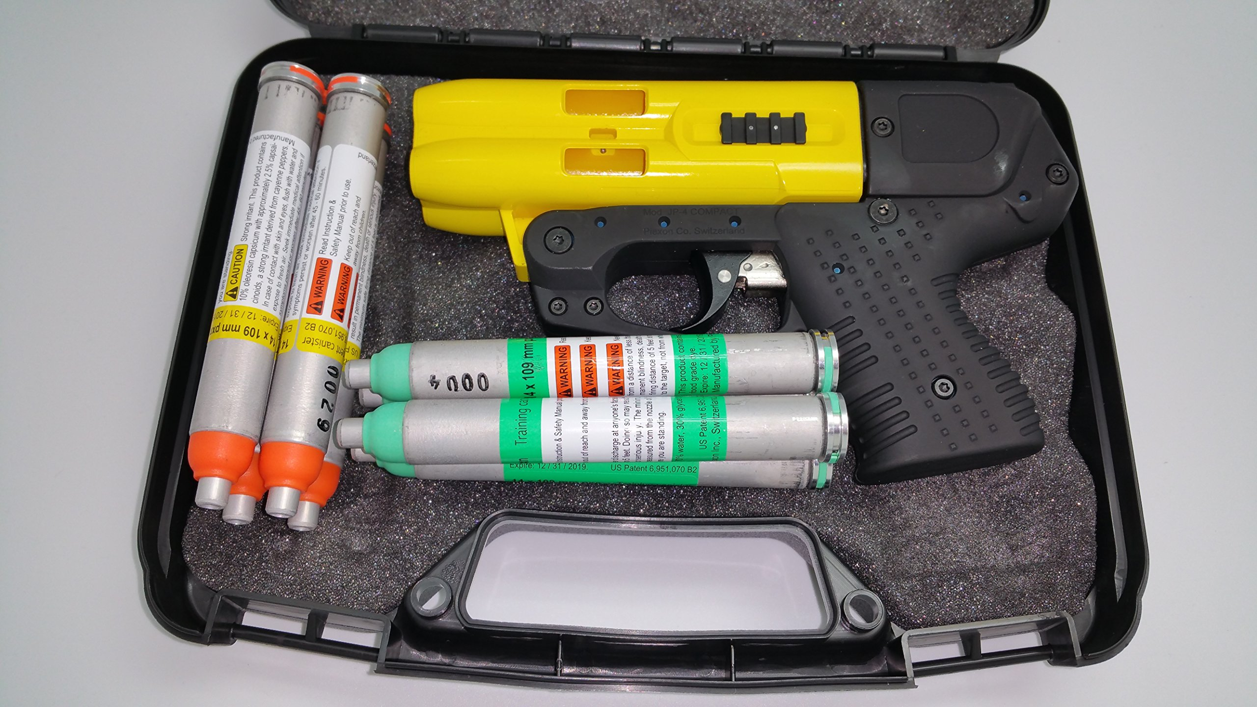 JPX 4 Shot Full Size Pepper Spray Gun Bundle with Practice Cartridges