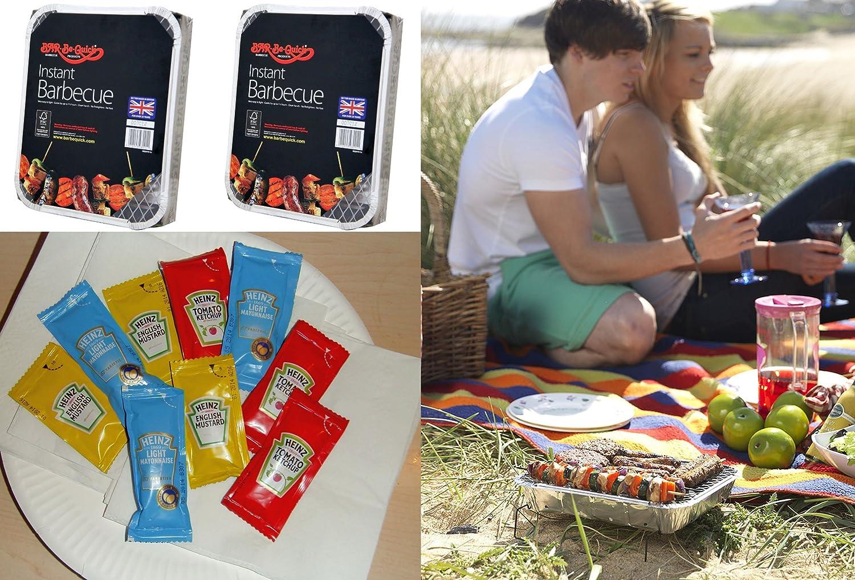 BBQ Fiesta/Festival/de picnic pack para 8 personas – 2 Instant bbqs + 8 platos (Papel & servilletas + 24 salsas.: Amazon.es: Jardín