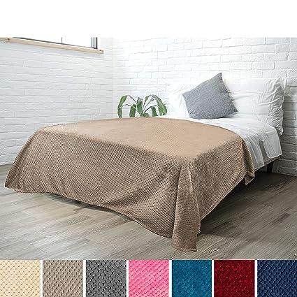 Awesome Amazon Com Pavilia Premium Flannel Fleece Bed Throw Blanket Creativecarmelina Interior Chair Design Creativecarmelinacom