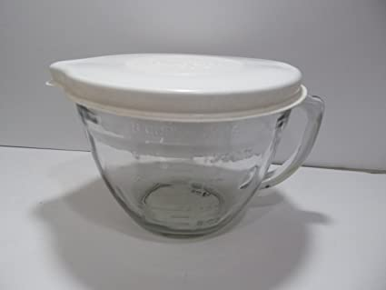 Amazon.com: The Pampered Chef 8 Cup (2 Qt) Batter Bowl with Seal ...