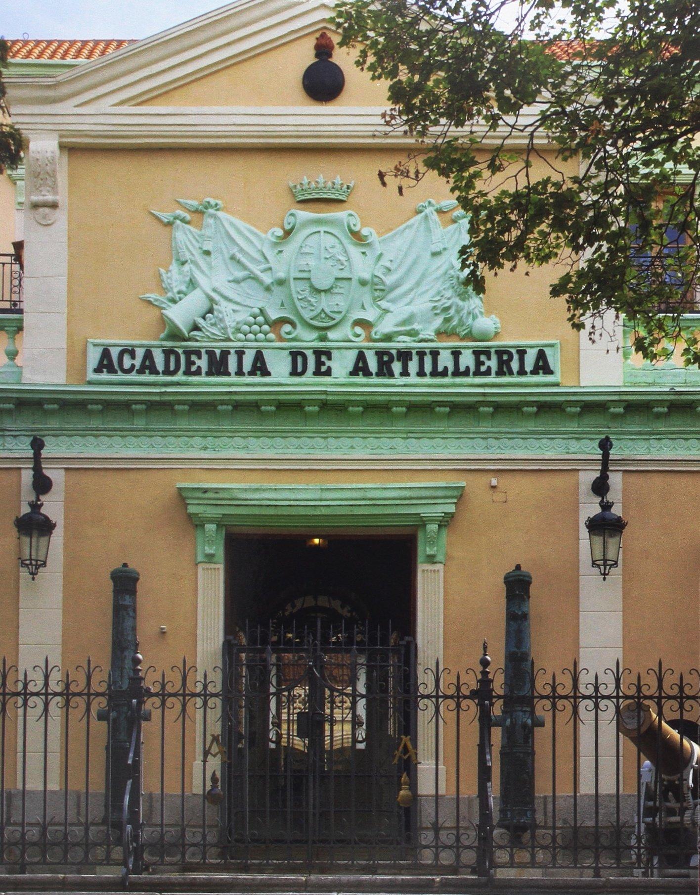 San Francisco de Segovia: de convento a cuartel. La Academia de ...