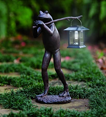 Trekking Frog Statue With Solar Lantern