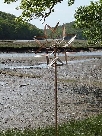 Ordinaire Willow Leaf U0027 Perpetual Motion Spinning Copper Garden Wind Vane Art  Sculpture