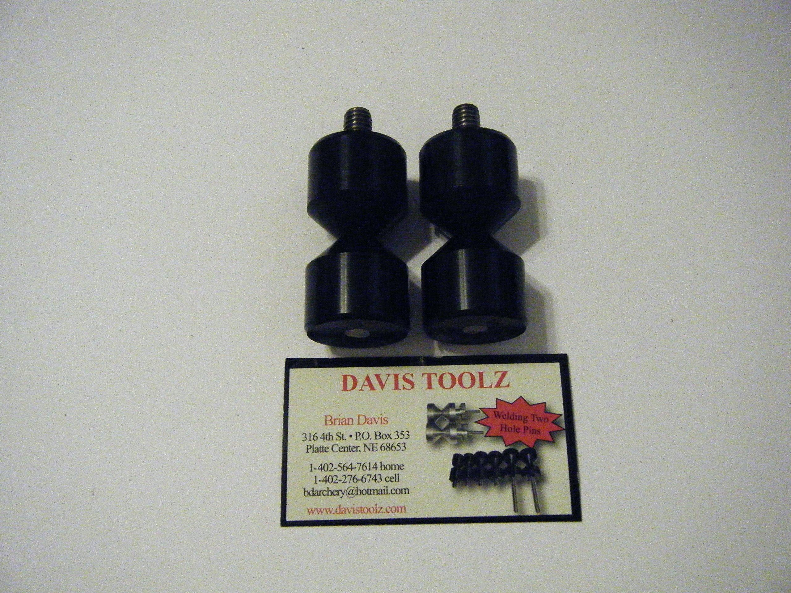 1 1/4'' Davis Anodized Aluminium Two Hole Pins