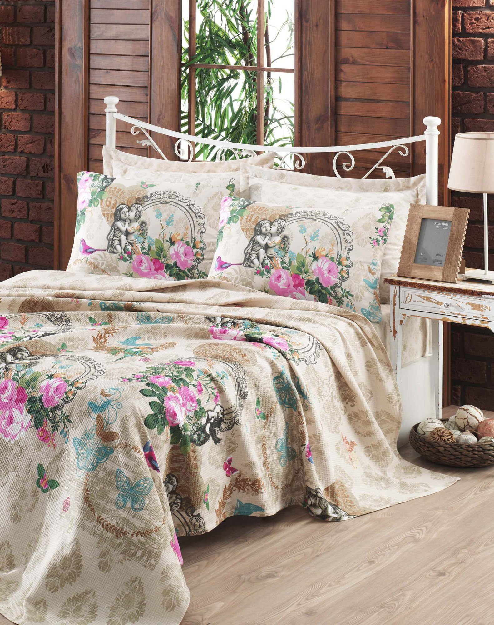 LaModaHome Flora Coverlet, 100% Cotton - Colorful Flowers and Butterfly, Hugging Baby Statue - Size (63'' x 92.5'') for Twin Bed