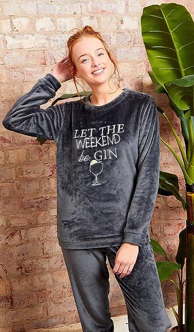 Pijama de forro polar Slumber Hut® Twosie para mujer, color negro y gris