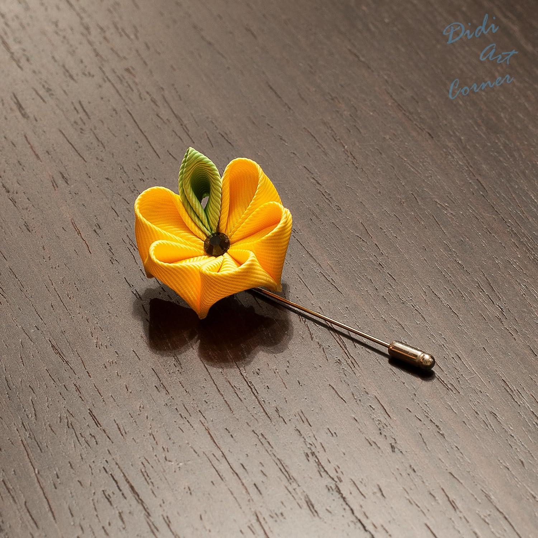 Teal and Mustard Yellow Pansy Kaznashi Flower Lapel pin