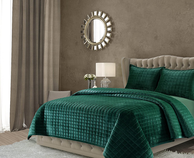 Tribeca Living FLORENCEQUIKIEG Florence Velvet Oversized Solid Quilt Set, King, Emerald Green
