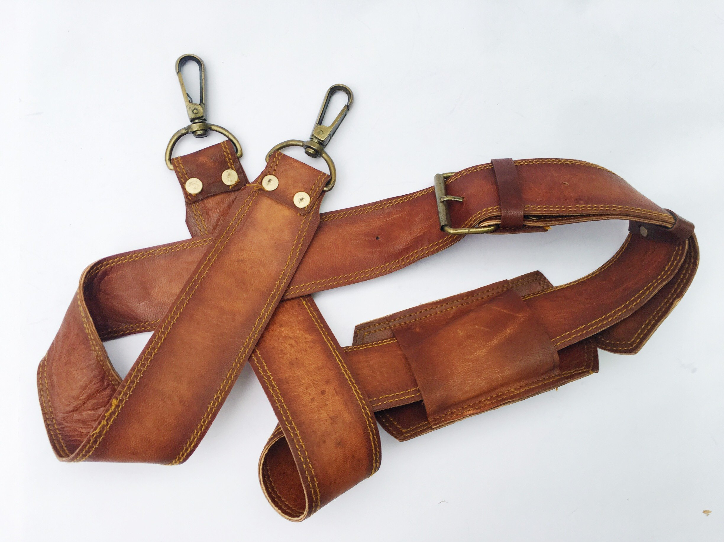 VINTAGE COUTURE Leather Adjustable Padded Replacement Shoulder Strap with Metal Swivel Hooks for Messenger, Laptop, Camera, Duffle Bags & More