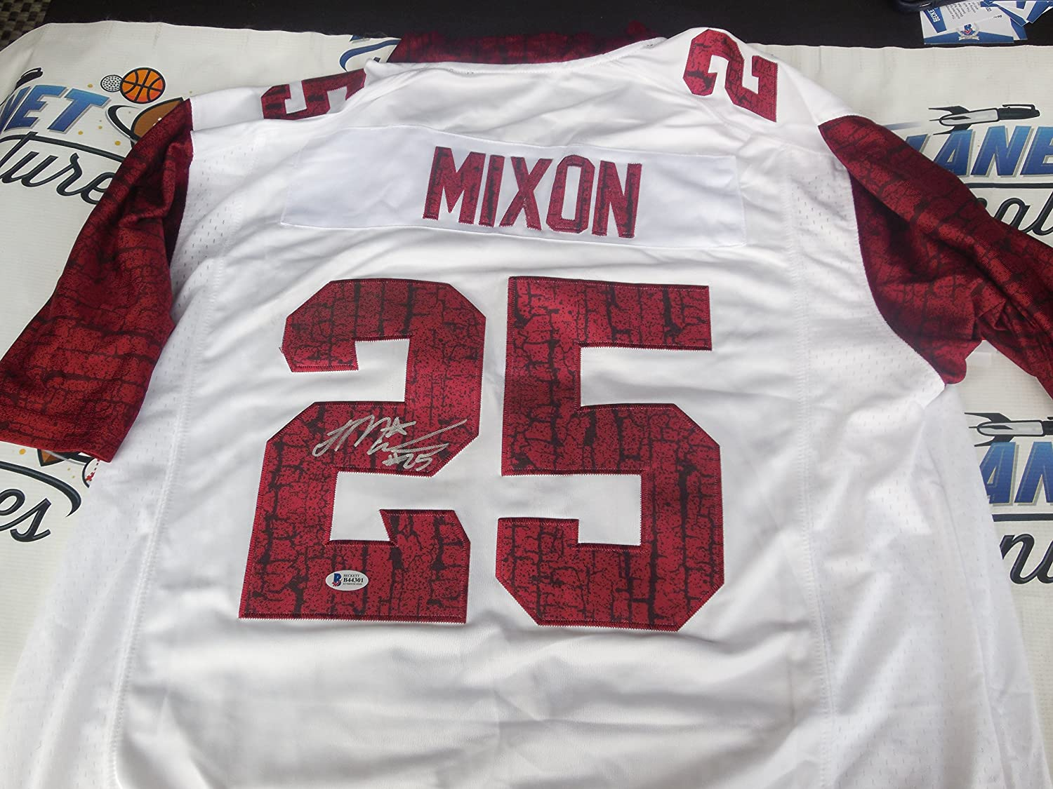 Joe Mixon Signed Oklahoma OU Sooners Bring the Wood Jersey Beckett BAS COA  at Amazons Sports  Joe Mixon Cincinnati Bengals ... 719e49c5a