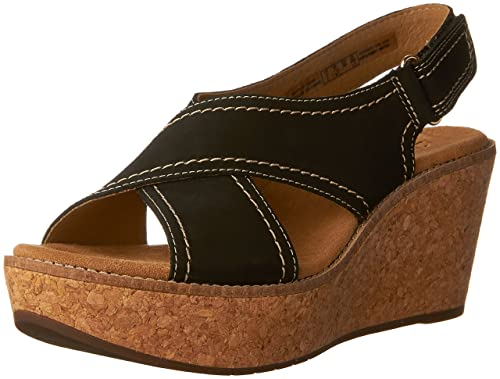d51b3869ca3 Clarks Women s Aisley Tulip Wedges  Amazon.ca  Shoes   Handbags