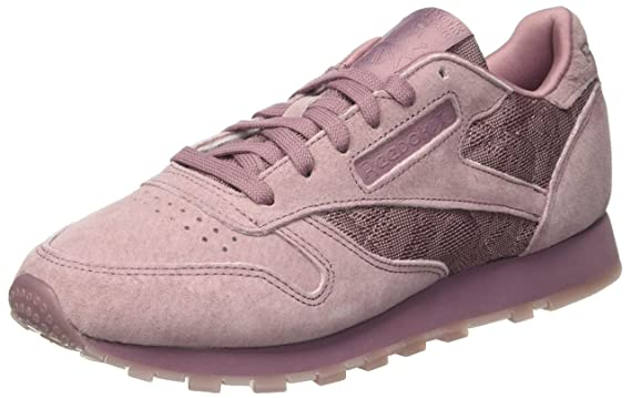 b47f5403093 Amazon.com  Reebok Classic Leather Lace Womens Sneakers Purple  Clothing