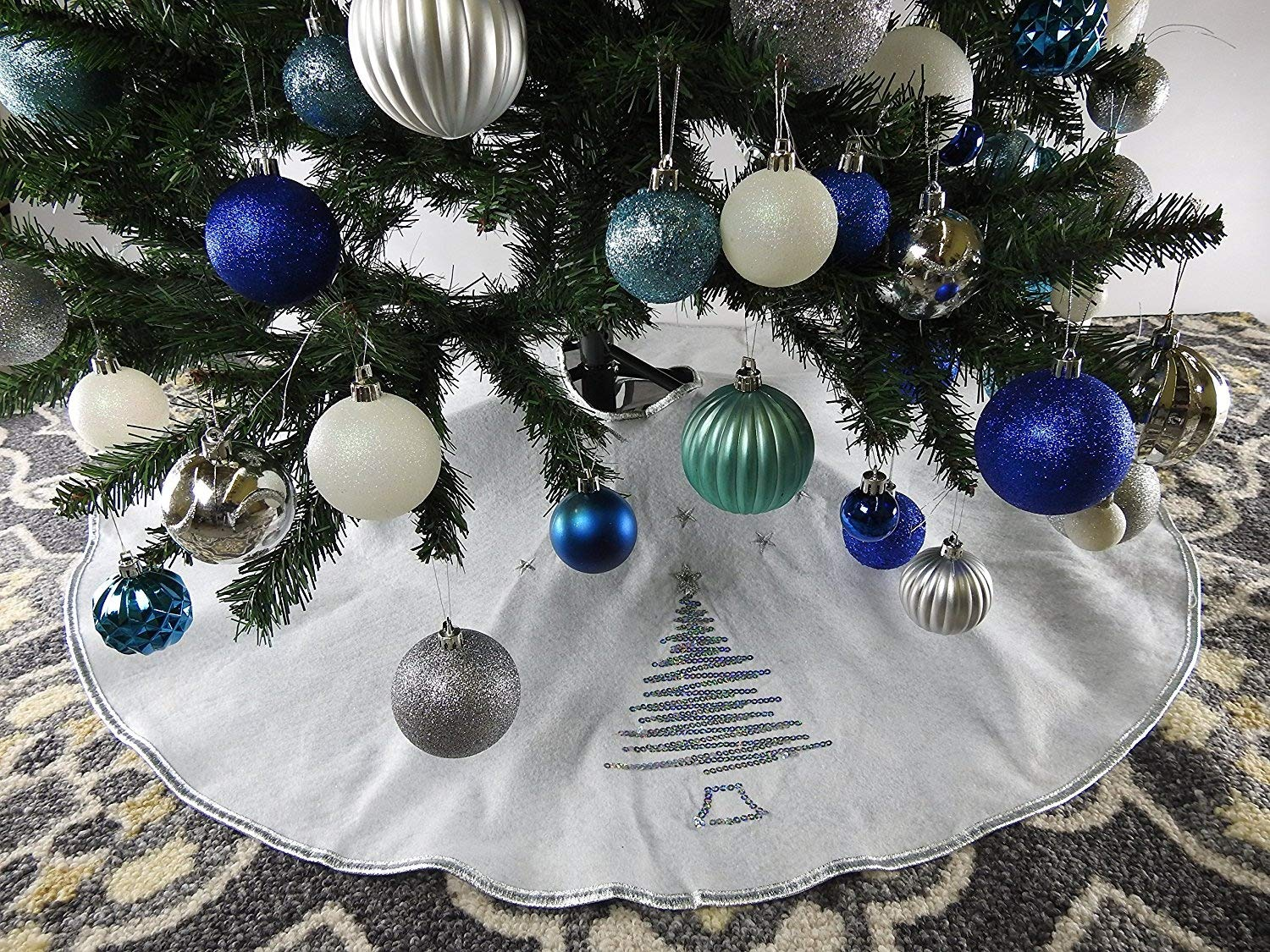 39.5'' White Christmas Tree Skirt with Silver Sequin Trim
