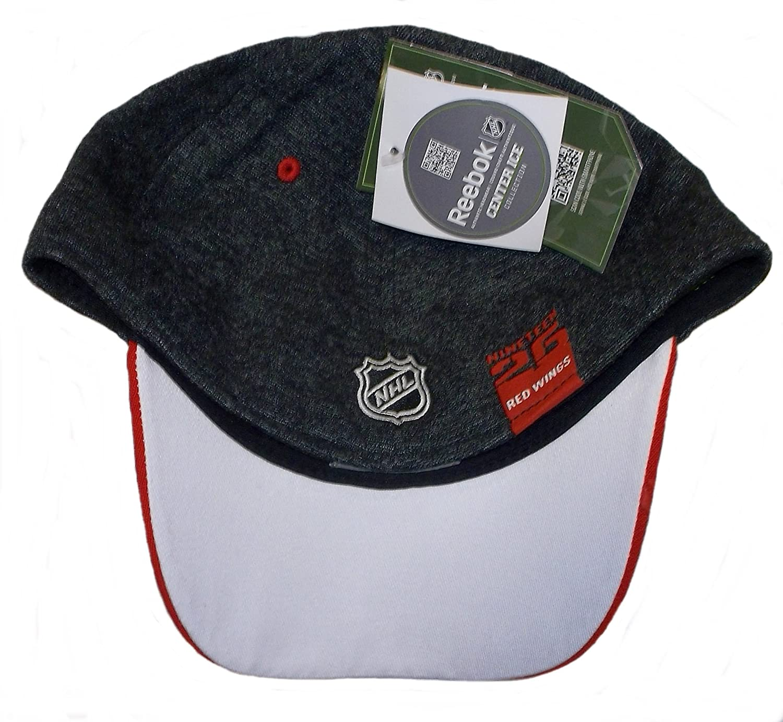 REEBOK Detroit Red Wings Playoff Structured Flex Hat M670Z