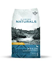 Diamond Naturals Skin & Coat Real Meat Recipe Natural Dry Dog Food with Wild Caught Salmon