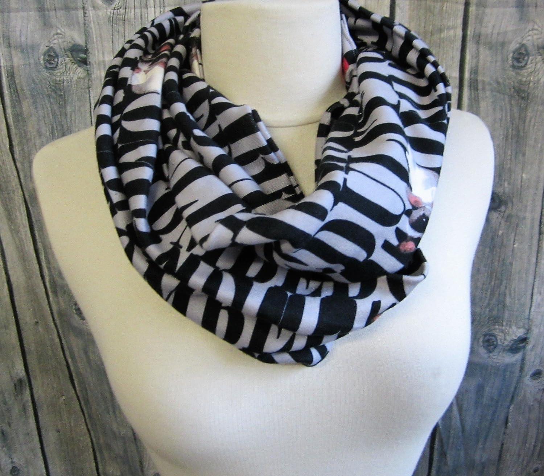 Tour de cou, snood, écharppe tube, en jersey gris lettres noires et motif chien