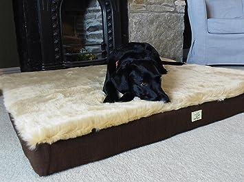 Wet Nariz® – Deluxe – Alfombra de pelo sintético Tamaño de espuma cama para perro