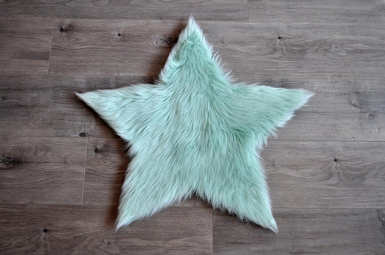 Amazon.com: Machine Washable Faux Sheepskin Mint Star Rug 3\' x 3 ...