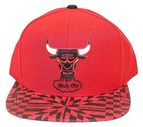 739359aa Amazon.com : Mitchell And Ness Men's NBA Chicago Bulls Kaleidoscope Snapback  Cap : Clothing