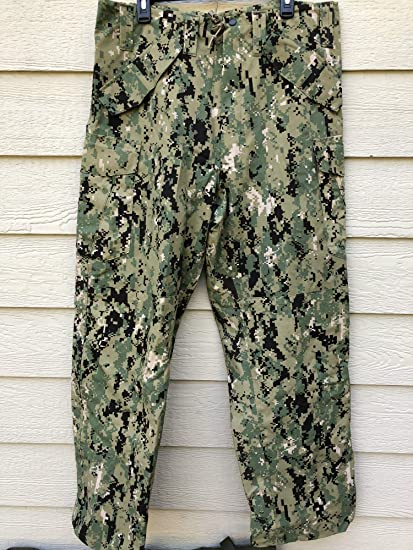 bb31bf4c Amazon.com : Genuine Us Navy Nwu Ecwcs Aor2 Type III Cold Weather Gore Tex  Pants - Medium Long : Everything Else