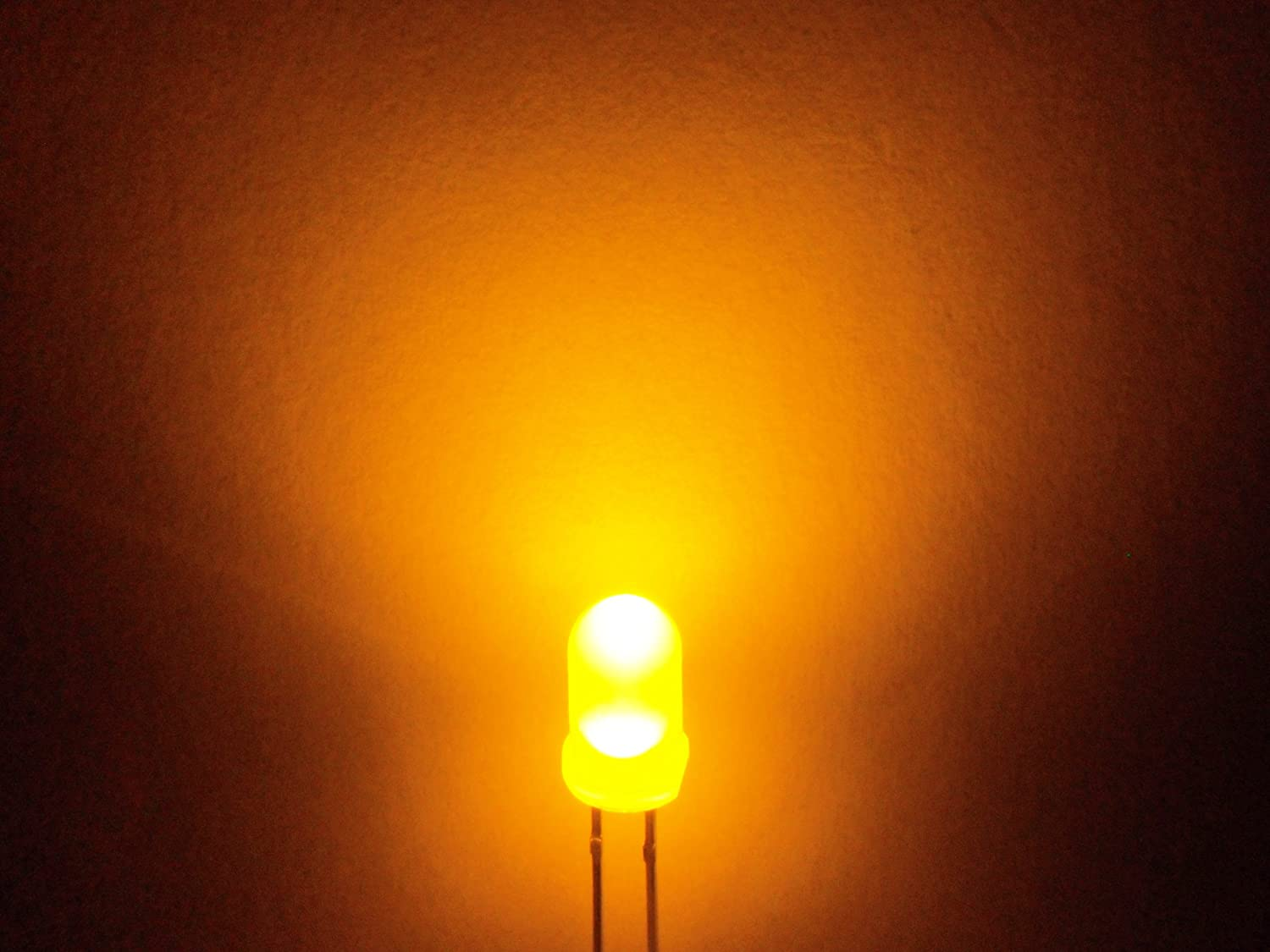 microtivity IL121 5mm Diffused Yellow LED w//Resistors Pack of 30