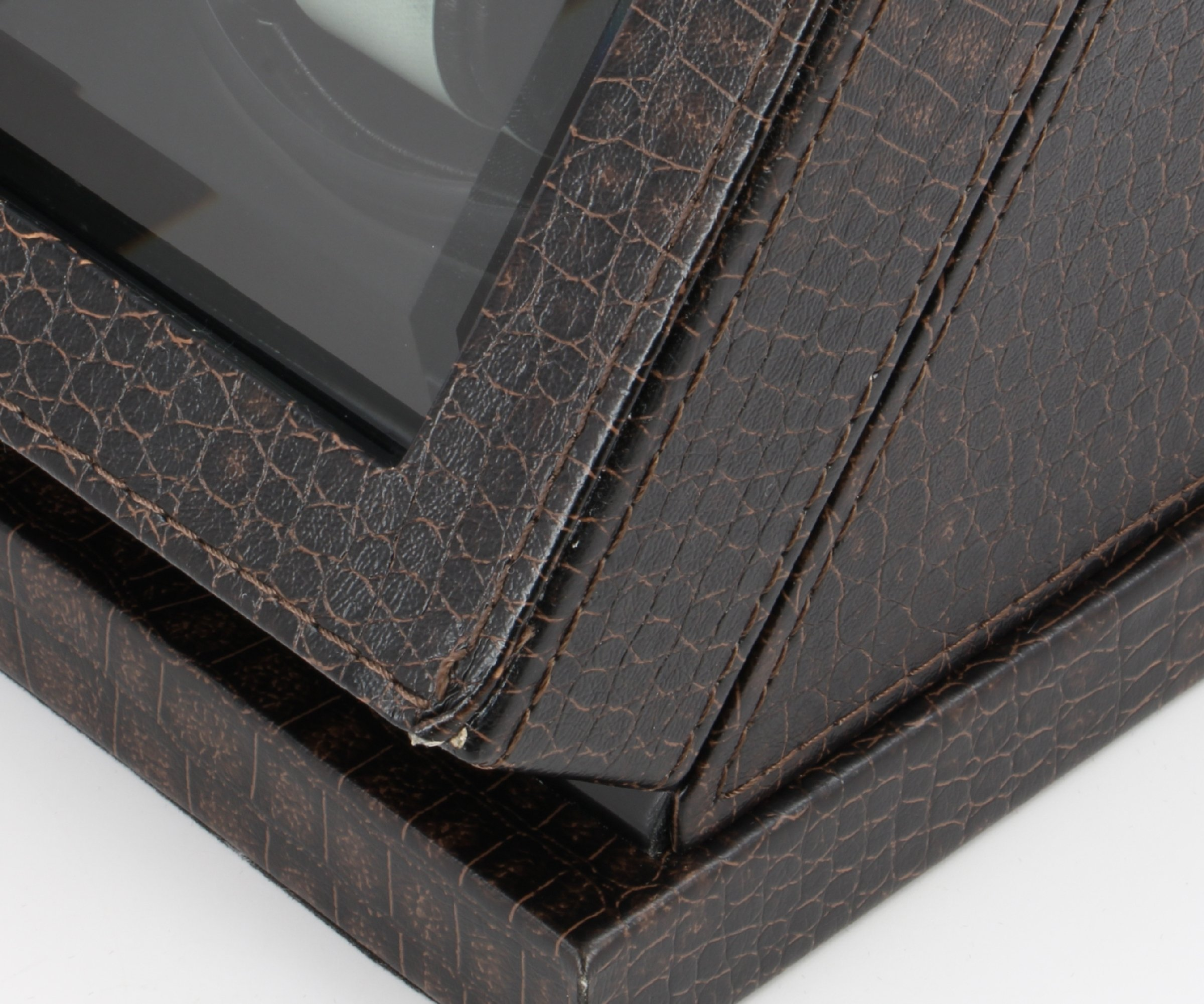 New Automatic Watch Winder Rotater Crocodile leather FinishBox 7.25 ''W x 6.25 ''D x 6.0 ''H (coFFee brown)