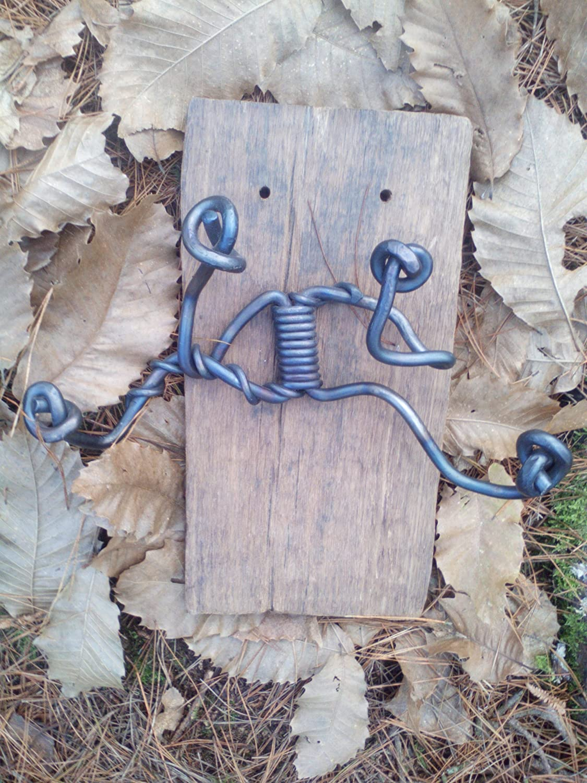 Perchero de hierro forjado y madera reciclada. Pieza única ...