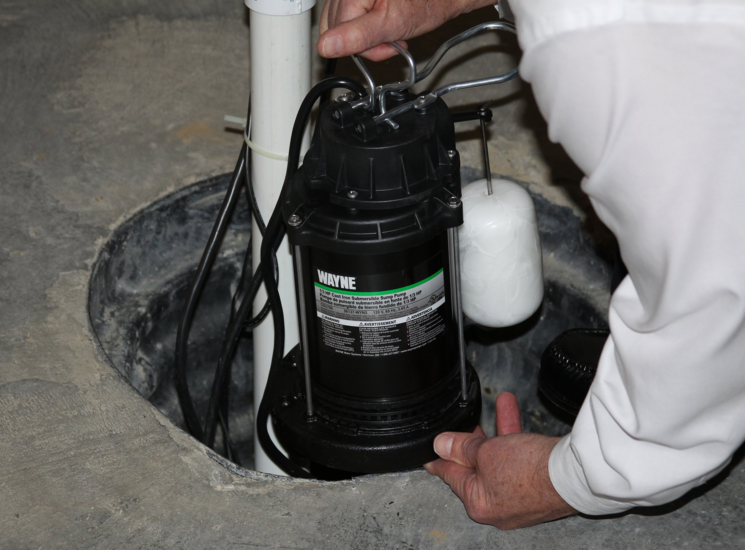WAYNE CDU800 1/2 HP Submersible Cast Iron and Steel Sump Pump With Integrated Vertical Float Switch by Wayne (Image #2)