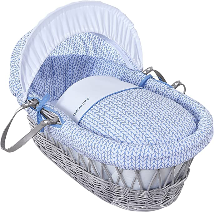 bedding Clair de Lune Stars and Stripes White Wicker Moses Basket  inc Blue mattress /& adjustable hood