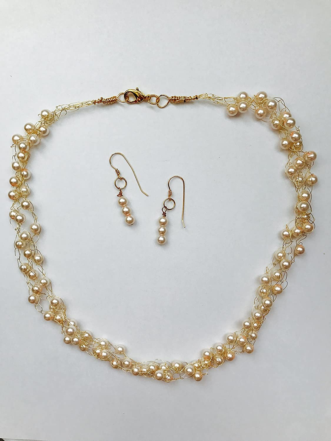 Amazoncom Pink Pearls Gold Crochet Wire Necklace Handmade