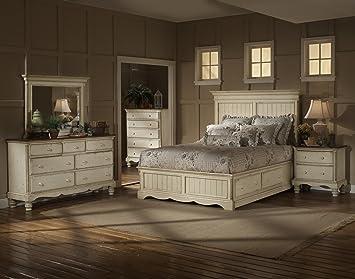 white queen bedroom sets. Hillsdale Wilshire 4 Piece Bedroom Set in Antique White  Queen Amazon com