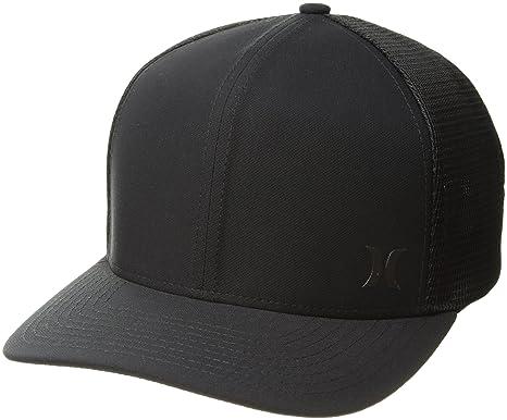 69acf30078f Amazon.com  Hurley Men s Milner Curved Bill Snapback Trucker Cap ...