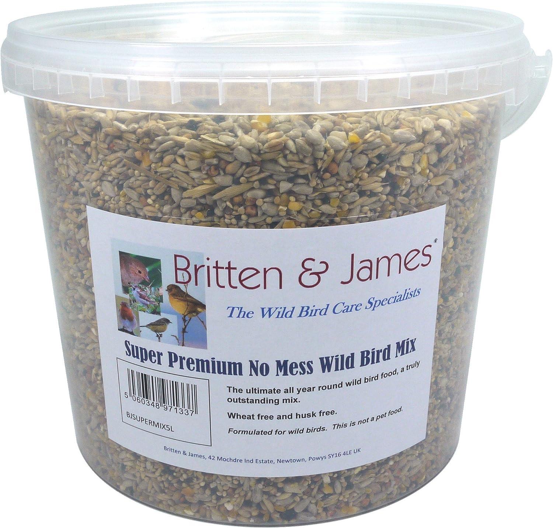 Britten & James All in One Súper Premium no lío Wild Bird Food en una Tina de 5 litros con Cierre automático. Este es el Mejor alimento para pájaros Silvestres Durante Todo el año.