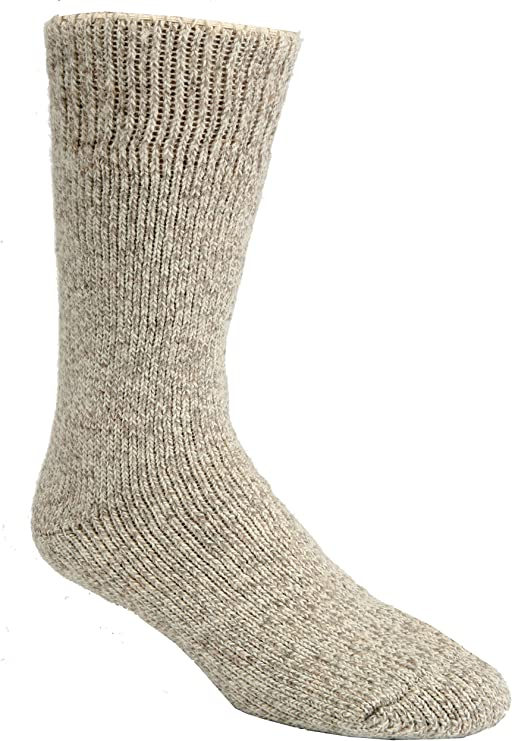 9 Best Thermal Socks For Extreme Cold Review 8