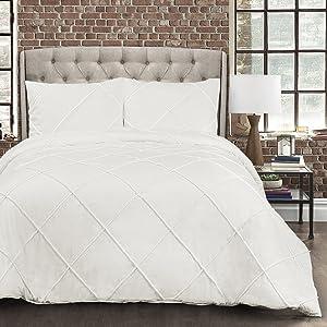 Lush Decor Diamond Pom Pom Comforter 3 Piece Set with Pillow Shams - King - White