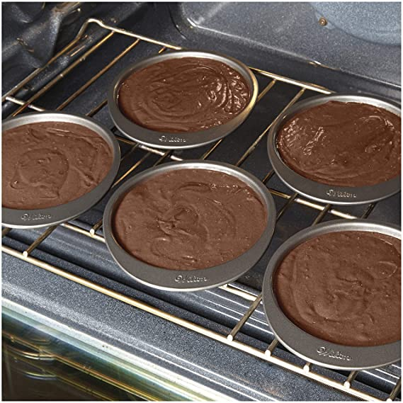 Amazon.com: Wilton 2105-0112 Easy Layers! 5-Piece Cake Pan Set, 6-Inch (2 Pack): Kitchen & Dining