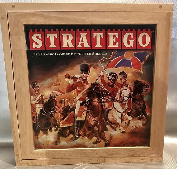 Hasbro Gaming Stratego Nostalgia