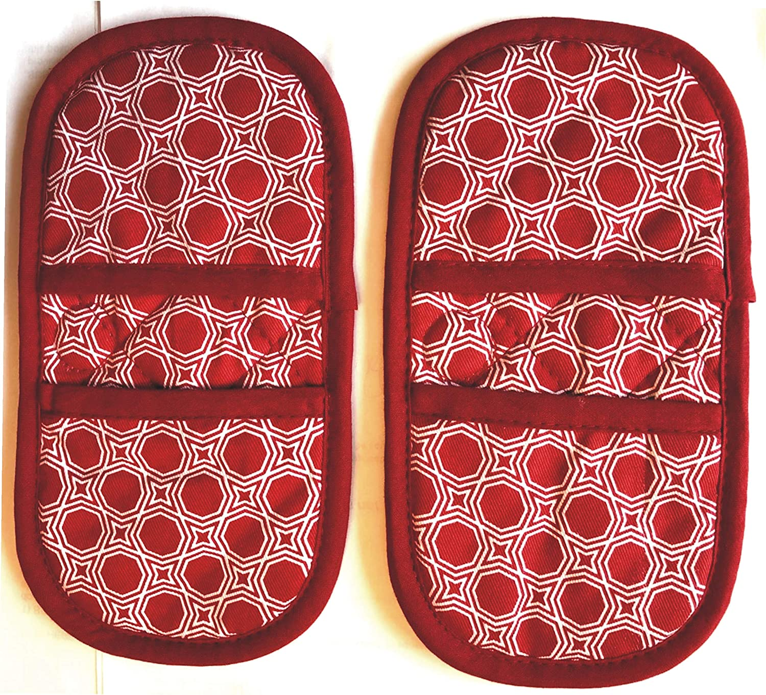 Mini Oven Mitts with Magnets.2pk Quilted Heat Resistant Red Cotton Fabric.Gloves/Pot Holder Safely Protects Hands from Hot Surfaces. Cooking Mitts ideal for handling Cookware, Bakeware, BBQ ,Microwave