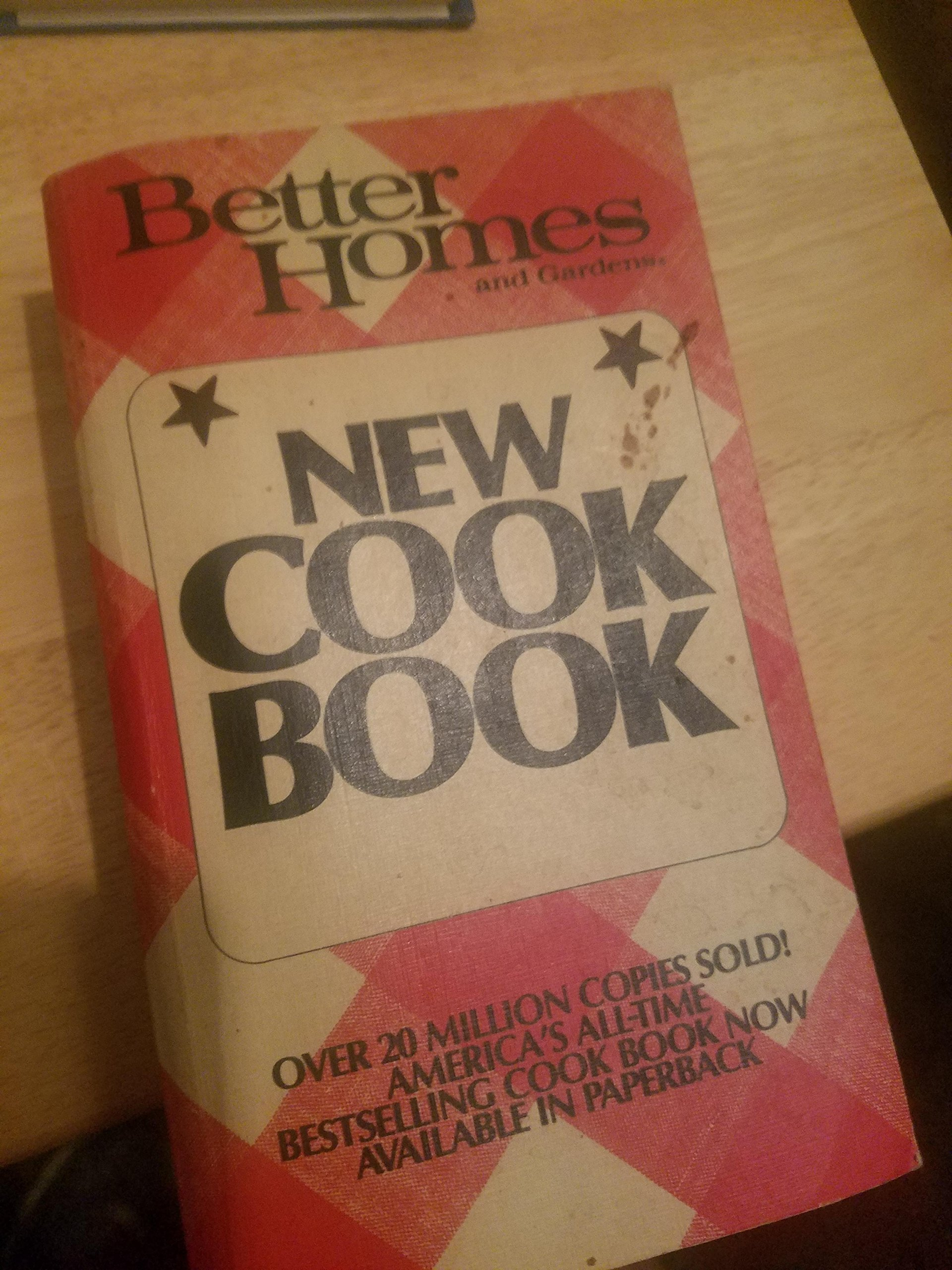 Better Homes and Gardens New Cookbook Paperback – 1981